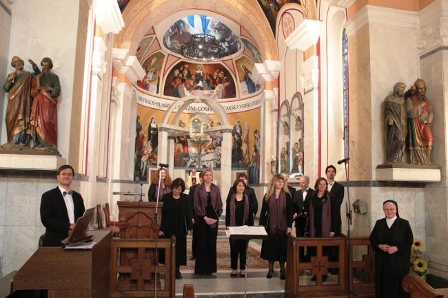 Zagrebački zbor Collegium pro musica sacra pjevao na Tekijama