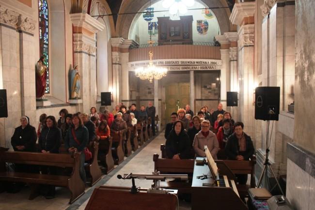 Katedralna župa iz Hvara hodočastila u svetište